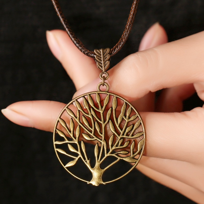 Vintage Life Tree Necklace Alloy Leaves Necklace Hallow