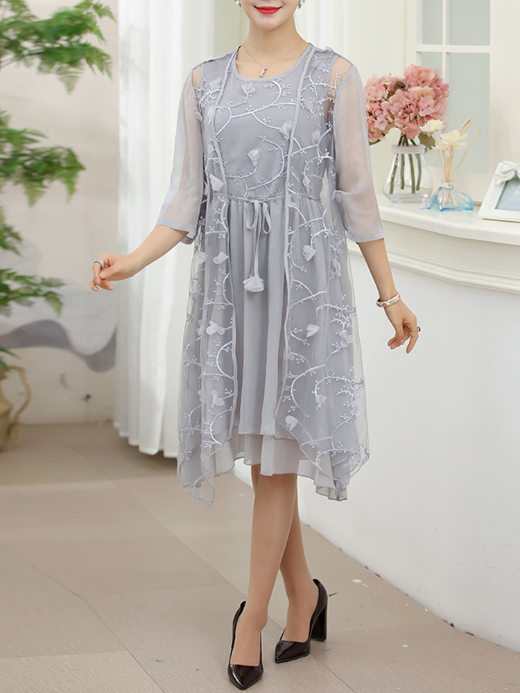 Women Elegant Two Pieces Set Embroidered Dress