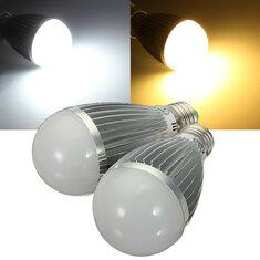 E27 8W Warm White/White Energy Saving LED Globe Light Bulb 110-240V