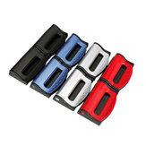 Um par de cinto de segurança do carro equipado cinto de segurança grampo elástico ajustar dispositivo