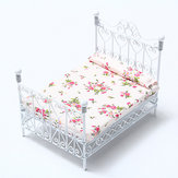 Dollhouse Miniature Bedroom Furniture Cama De Metal Com Colchão Branco Europeu
