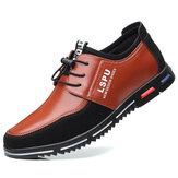 Férfiak fűzővel lélegző, csúszásgátló, kényelmes alkalmi üzleti cipők