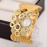 Deffrun Retro Style Mesh Wristband Ladies Wrist Watch Fashionable Quartz Watch