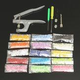 150Pcs / Set Résine En Plastique T5 Attache Snap Kam Boutons Kit Pinces DIY Artisanat