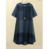 Mujer vendimia Botón con estampado de cuadros en la parte delantera Cuello redondo Manga corta Suelta Casual Camisa Vestido Con bolsillo
