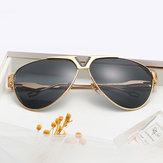 Erkekler Kadın Trendy HD UV400 Metal Polarize Olmayan Güneş Gözlüğü