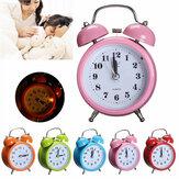 Classic Silent Çift Çan Alarm Saat Özlü Kuvars Hareket Yatak Baş Gece Işığı Ev Dekoru