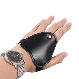 microfibra Mini Archery Hand Guard Glove Bow Arrow Caccia tiro Protezione dito protettiva
