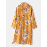 قميص نوم نسائي بأكمام طويلة وياقة ريفير مطبوعة بالزهور مع ربط متباين