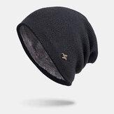 Masculino Inverno Plus Emblema de veludo H Padrão Gorro quente de malha externa com toque Chapéu