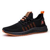 Męskie buty do biegania Siatkowe oddychające antypoślizgowe lekkie trampki Odporne na wstrząsy codzienne buty sportowe Outdoor Walking Jogging