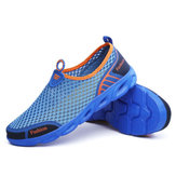 Scarpe sportive da uomo Slip-on Hiking Water Antiscivolo Light Hollow Out Casual In Mesh Mocassini Sandali