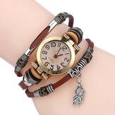 Reloj de cuarzo trenzado vintage con esfera pequeña y fino Cinturón Goldfish Colgante Cinturón Reloj de pulsera