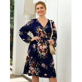 Plus Size Women Holiday V-neck Puff Sleeve Floral Dress
