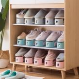 Staubgeschützte Schuhregale Haushalt erhalten einfache Unterstützung für Schuhhalterungen und Schuhorganisatoren