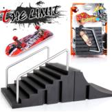 Conjunto de combinação de cena de skate de dedo preto suporte de liga com scooter decorações versão básica