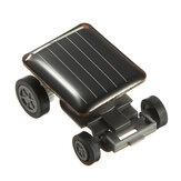 De wereld's kleinste mini zonne-aangedreven speelgoed auto racer