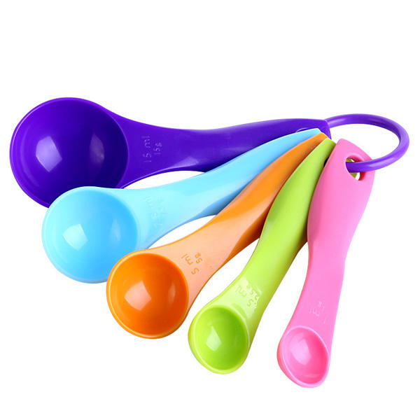 5pcs las cucharas de medición vistosas ponen la crema de utensilios del utensilio de cocina que cocina la cocción del instrumento