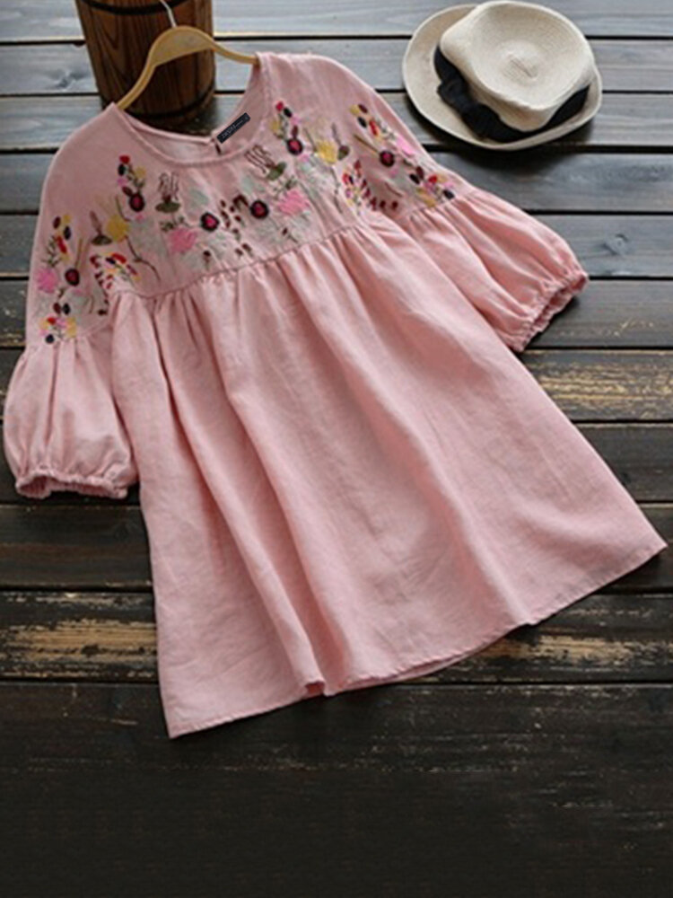 Women Short Sleeve Floral Embroidery Vintage Blouse