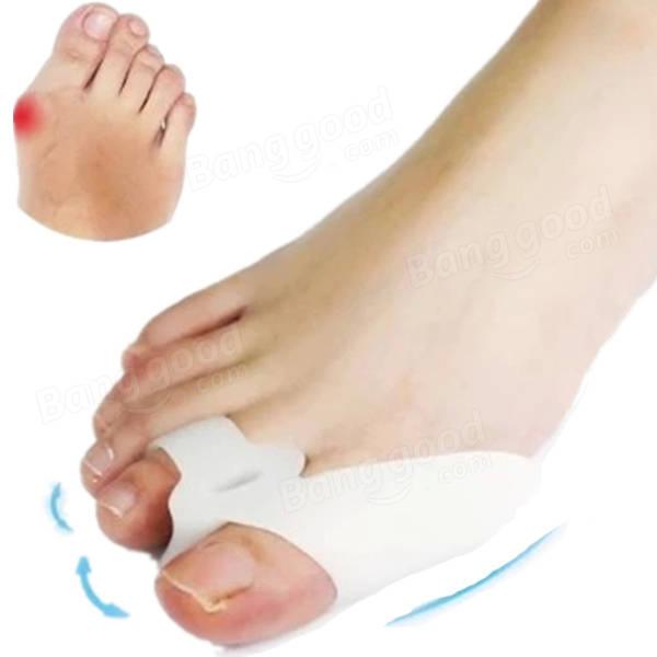 2Pcs Soft Silicone Gel Toe Separators Straightener Corrector Bunion Protector