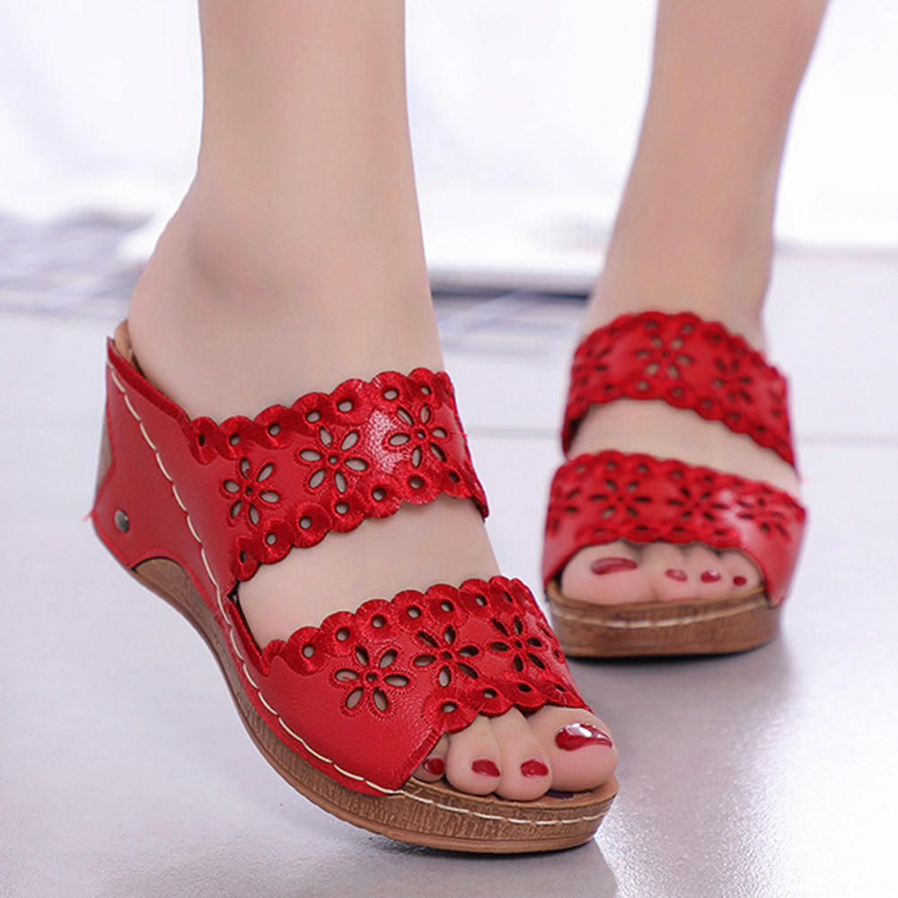 Giày nữ Hoa giản dị Hoa rỗng móc vòng