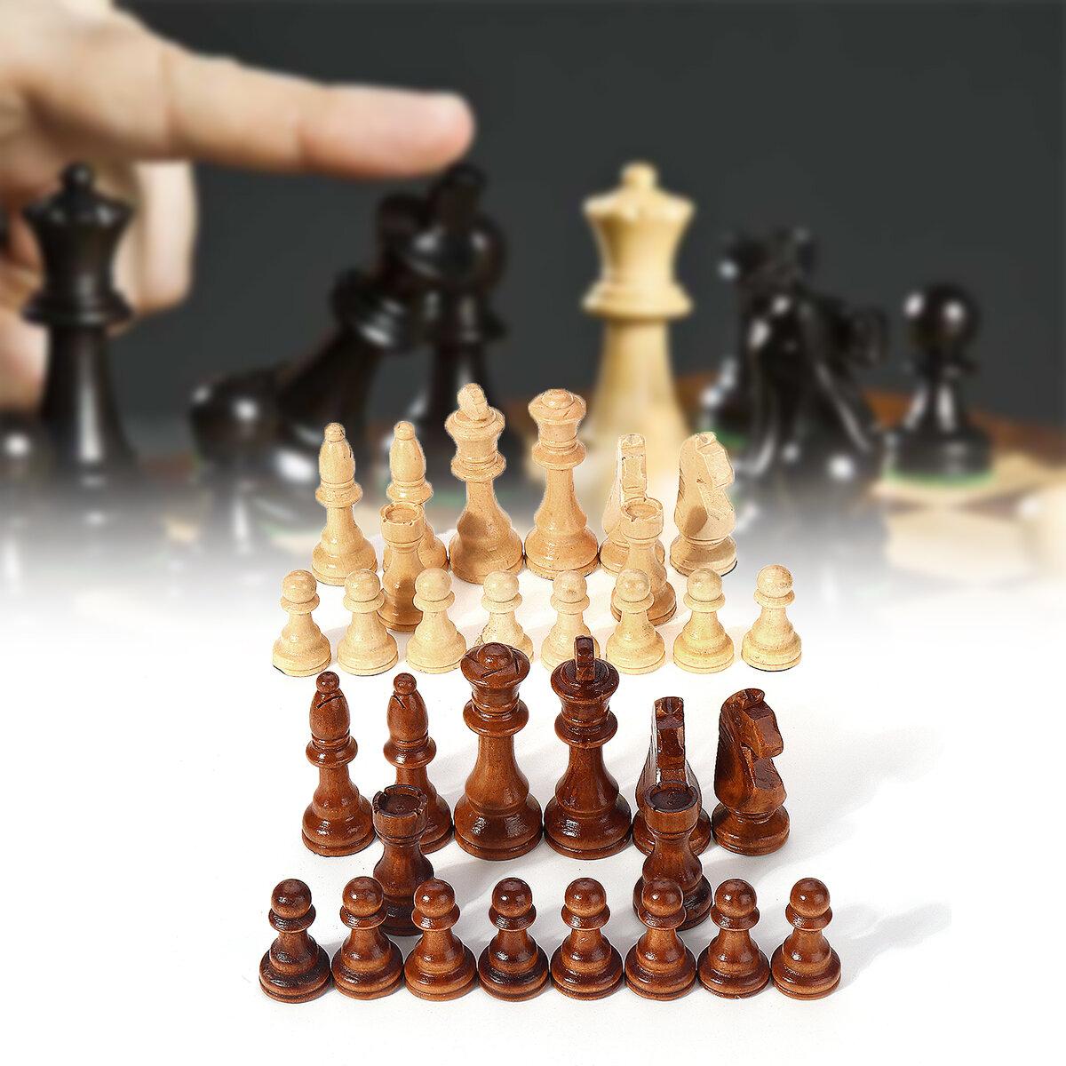 32 قطعة خشبية منحوتة الشطرنج 10.5cm الملك Chessman اليد وضعت مجموعة الترفيه في الهواء الطلق لعبة
