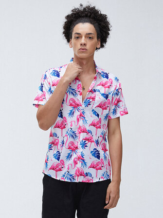Men Flamingo Leaf Print Botton Up Turn Down Collar Short Sleeve Chest Pockets Hawaii Holiday Shirts